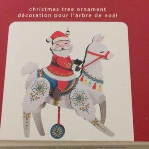 """Hallmark Keepsake ornament pull-string llama 6"""""""